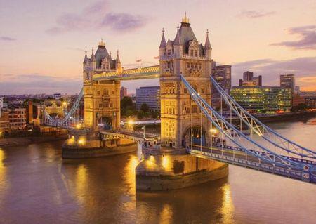 Clementoni sestavljanka HQC - Tower Bridge (39022)
