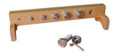 Montessori Stojan so skrutkami - variant A