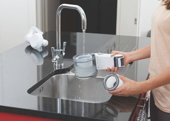 Black&Decker PV1020L-QW jednoduché rozebrání a vyčištění filtru