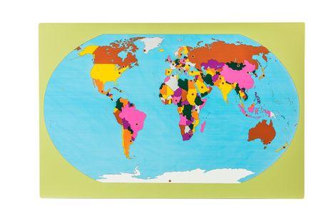 Montessori Svet - zemljevid z zastavami