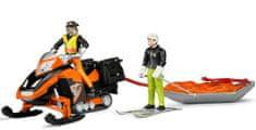 Bruder 63100 Bworld Sněžný skůtr se sáněmi a figurkami