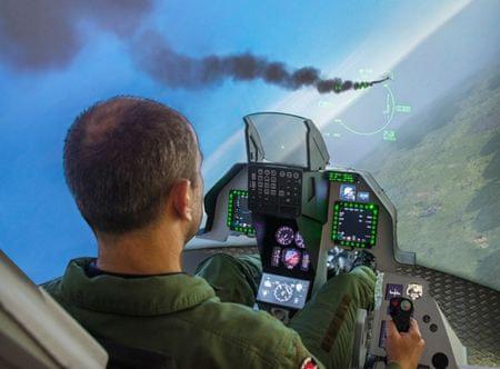 Allegria simulovaný let se stíhačkou F16 - 90 min. Praha
