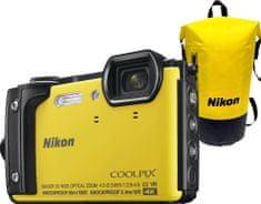 Nikon Coolpix W300 Holiday Kit