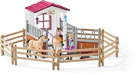 Schleich stajnia z koniami arabskimi