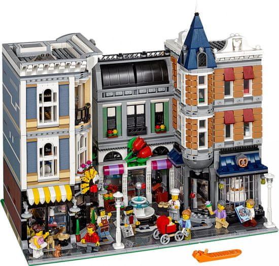 LEGO Creator Expert 10255 Zhromaždenie na námestí