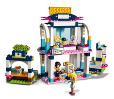 LEGO Friends 41338 Stephanijina športna arena