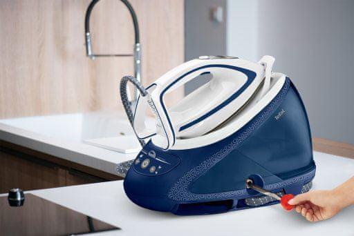 Nagynyomású gőzállomás Tefal GV9580E0 Pro Express Ultimate Care kivehető víztartály 1,9 literes kapacitással