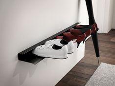 Mørtens Furniture Nástenná polica na topánky Sko, 85 cm, čierna
