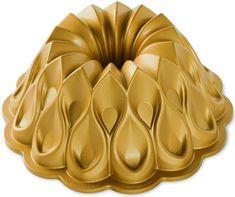 Nordic Ware Forma na bábovku Crown, zlatá