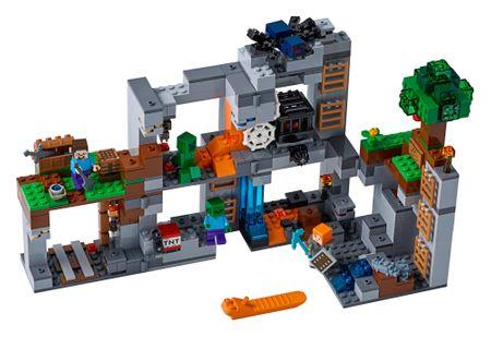 LEGO Minecraft TM 21147 Kalandok az alapköveknél
