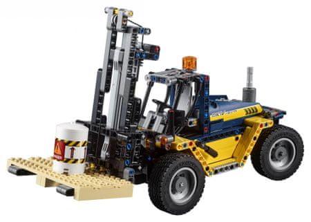LEGO zmogljiv viličar Technic 42079