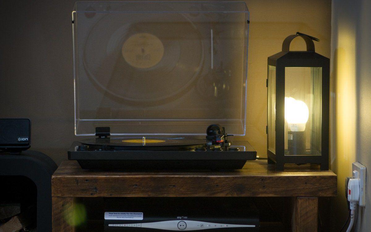 Gramofon ION Pro100BT usb vstup digitalizace externí reproduktory