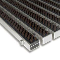 FLOMA Hnědá hliníková kartáčová venkovní vstupní rohož Alu Super, FLOMA - 2,2 cm