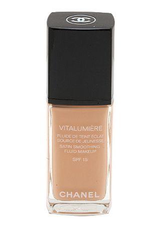 Chanel Makijaż dla młodych i spoczywać satynowy wygląd Vitalumiére (wygładzanie cieczy do makijażu SPF 15)