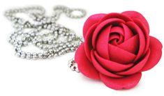 Troli Rubínový třpytivý náhrdelník kytička