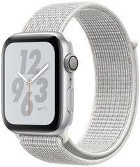 Apple Watch Nike+ Series 4, 44mm, pouzdro ze stříbrného hliníku/bílý provlékací řemínek