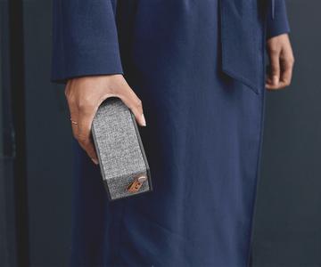 bezdrátový reproduktor Fresh'n Rebel Rockbox Brick Fabriq Edition audiokabel 3,5mm jack