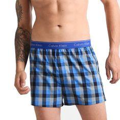 Calvin Klein pánske modro-čierne kostičkované voľné trenírky / trenky Trad Fit Boxer NU1718A