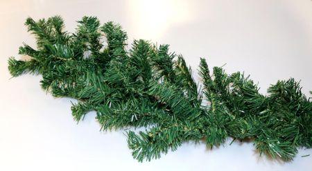 Seizis girlanda zielona x 200 gałązek, 2,7 m