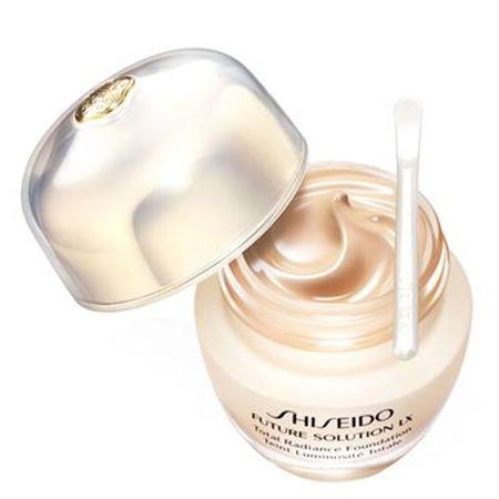 Shiseido Radiance folyékony alapozó SPF 20 Future Solution LX (Összesen ragyogás alapozó) 30 ml (árnyalat N2