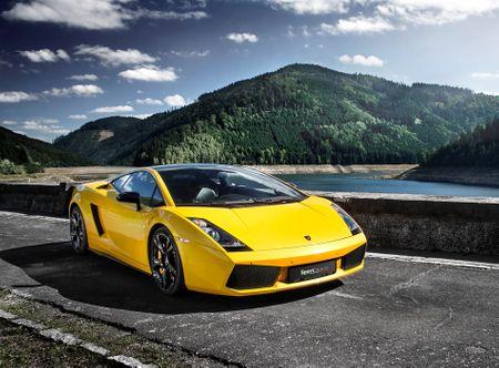 Allegria jízda v Lamborghini Gallardo - 10 minut Vestec u Prahy