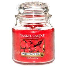 Yankee Candle Classic stredný - Sladké jahody, 410 g