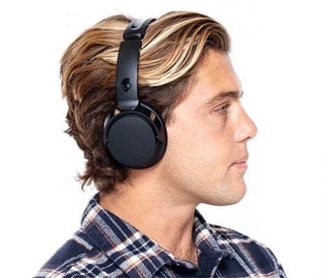 Skullcandy Riff Wireless On-Ear Bluetooth kis méretű fejhallgató, 12 óra üzemidőz 2 óra töltéssel
