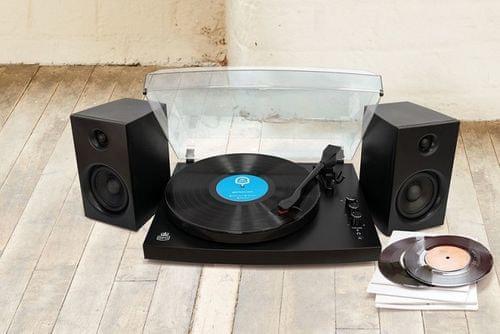 Gramofon Picadilly GPO Retro levehető műanyag fedél hangerőszabályzó Bluetooth jeltartomány 10 m