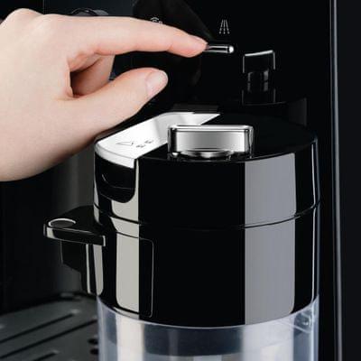 Krups EA829D opcjonalna temperatura, opcjonalna grubość mielenia kawy