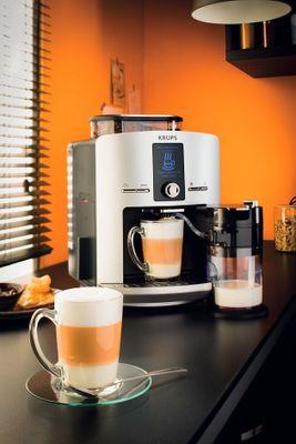 Program cappuccino, rychlá příprava, nejmenší kávovar