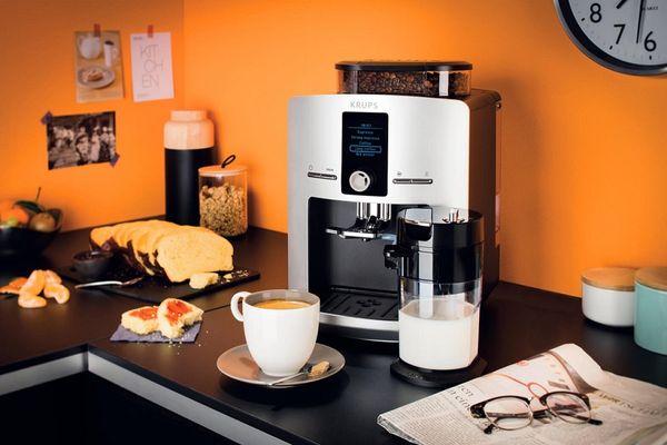Automatický kávovar Krups EA829E