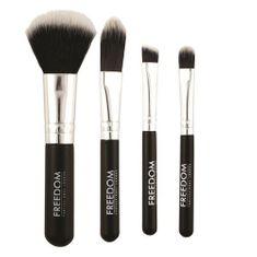 Makeup Revolution Mini Brush Set of Synthetic Fibers (Freedom)