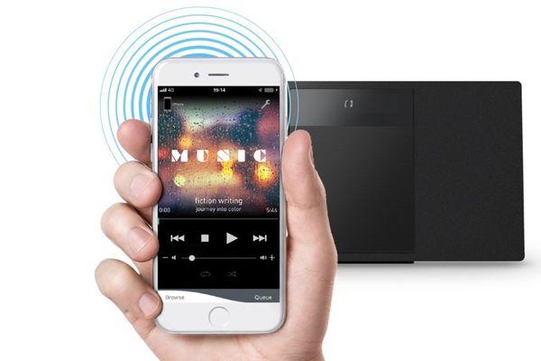 štíhlý Bluetooth mikrosystém panasonic sc-hc410 aux in multipairing fm rádio usb vstup 30 stanic do předvolby cd mechanika chromecast připojitelný přes aux