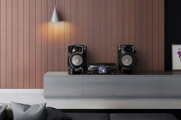 stylový minisystém panasonic akx520 d.bass beat úprava rytmu hudby přednastavený ekvalizér režim fotbal 650 w výkon