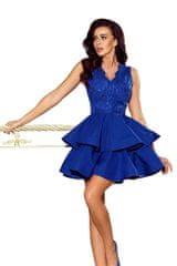 Numoco Exkluzivní šaty s krajkovým výstřihem chrpové