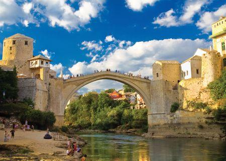 KS Games Puzzle 500 dílků Vieux Pont de Mostar, Bosnie-Herzégovine