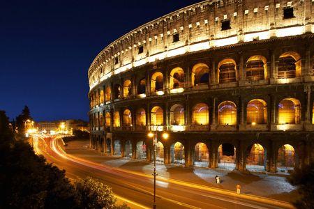 Schmidt Puzzle 1000 dílků Colosseum at night
