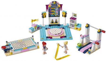 LEGO Friends 41372 Stephanie in gimnastična predstava - Odprta embalaža