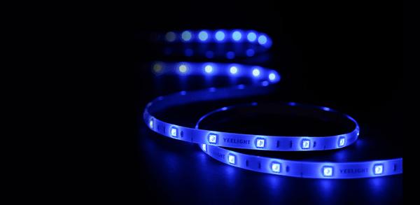 Chytrý LED pásek Xiaomi Yeelight Lightstrip Plus, nastavitelný jas, nastavitelná barva světla