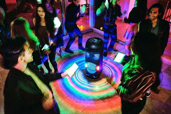 parti hangszóró sony mhc-v72d parti hangzás jet bass booster cd meghajtó ldac kodek Bluetooth vezeték nélküli hatótávolság 10 m dvd meghajtó dsp hdmi a TV-hez 360 fokos hangzás