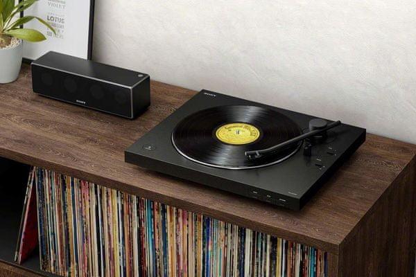 gramofon ps-lx310bt 2 rychlost přehrávání 33 a 45 otáček hliníkový otočný talíř protiprachový kryt přepínač zesílení