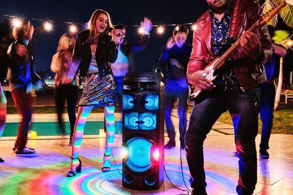 párty přenosný Bluetooth reproduktor sony mhc-v82d připojení kytary párty karaoke taiko režim bubnování mixování hudby úchyty pro přenos