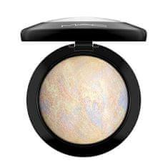 MAC Luxusné rozjasňujúci zapečený púder ( Mineral ize Skinfinish) 10 g