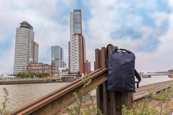 Bezpečnostní městský batoh na notebook a tablet XD Design Bobby Urban Lite
