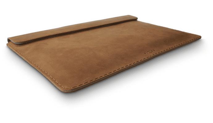 FIXED Oxford pro Apple Macbook Air 13, hnědé FIXOX-AIR13-BRW hovězí kůže kvalitní materiál