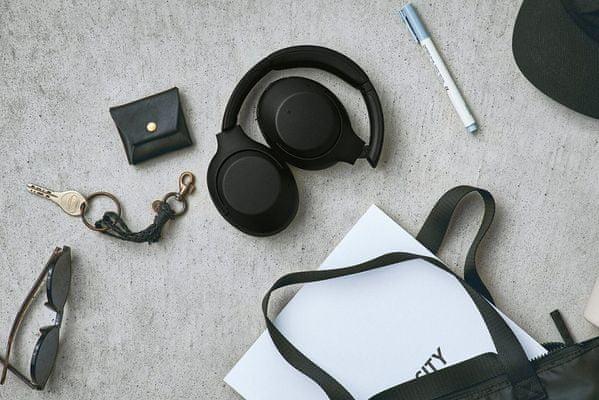bezdrátová Bluetooth 4.2 sluchátka sony wh-xb900n 30h výdrž baterie rychlonabíjení elegantní design pohodlí při nošení handsfree mikrofon dotykové ovládání google assistant alexa extra bass technologie 7 h nabíjení hlasové ovládání skládací konstrukce