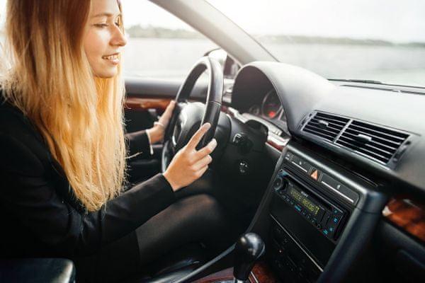 radio samochodowe sony mex-n5300bt z Bluetooth bezprzewodowe port usb moc 4× 55 W 3× wyjścia pre-out aux technologia extra bass diody led wyświetlacz lcd kąt widzenia napęd cd sterowanie głosowe siri ios android apple