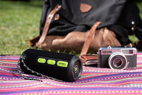 Bezprzewodowy głośnik Bluetooth Gogen BS 270B Wbudowany akumulator 2500 mAh czas działania 11 H 10 W Moc IPX6
