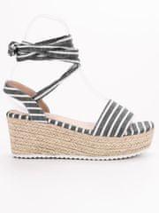 Evona Proužkované sandály na klínu