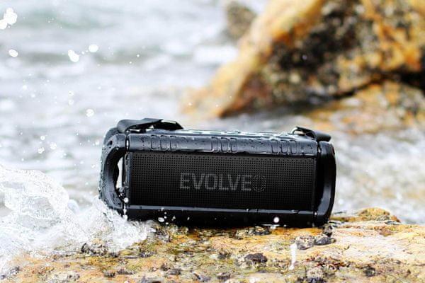 vezeték nélküli Bluetooth 4.2 edr hangszóró armor power 6 60 w usb microSD aux ipx5 vízálló 24 órás akkumulátor élettartama 8000 mah akkumulátor sokféle csatlakoztatási lehetőség beépített equalizer nagy kapacitású akkumulátor kihangosító hívások
